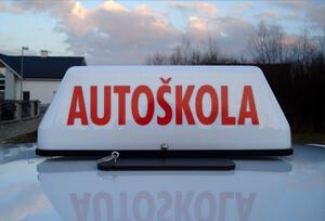 Strešné označenie pre autoškoly
